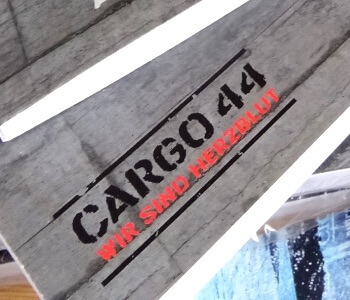 Das Label Cargo44.